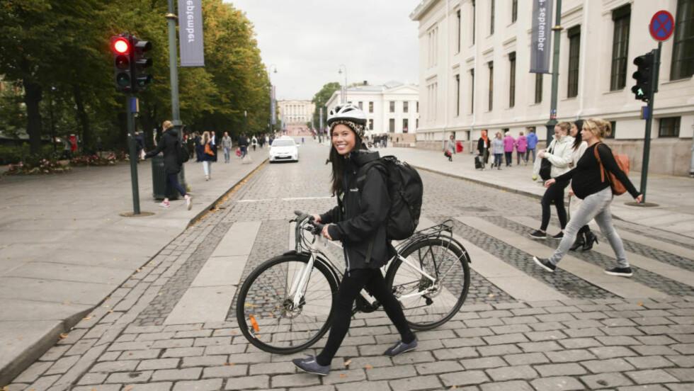 SYKKELBYRÅD: Oslo-byrådet, her byråd for miljø og samferdsel, Lan Marie Nguyen Berg (MDG), har opprettet en støtteordning for elsykler. Den er det mange som synes er skikkelig teit. Foto: NTB Scanpix