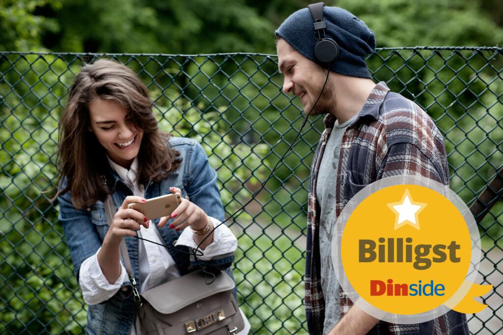 BILLIGSTE OPERATØR: Dinside har sjekket prisene hos de norske mobiloperatørene, og ga vårt Billigst-stempel til Hello.  Foto: JOHANNA HANNO / BILDHUSET / NTB SCANPIX