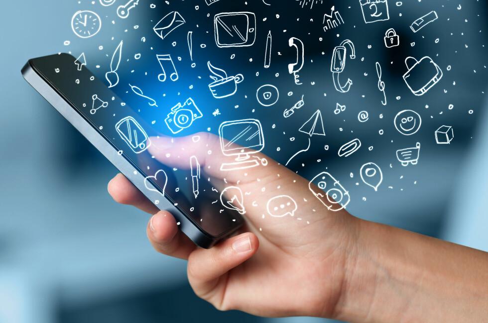 ET HAV: App-butikkene inneholder millioner av apper –vi har plukket ut 49 favoritter. Foto: RA2STUDIO / SHUTTERSTOCK / NTB SCANPIX