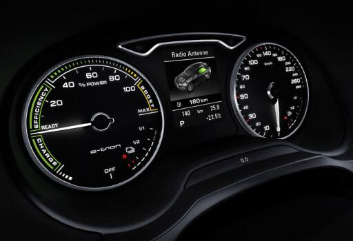 PROSENT: Audi har valgt å droppe turteller og heller satse på effektmåler.
