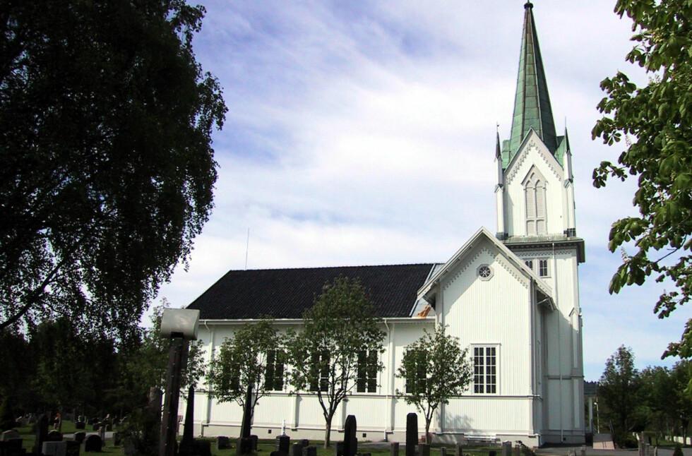 KRITIKK: Kirken har de siste årene fått kritikk for rutinene rundt inn- og utmelding. Når tar den grep. Foto: NTB SCANPIX / PER ERIK KNIVE