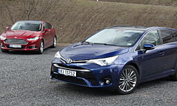 image: Test: Ford Mondeo vs. Toyota Avensis