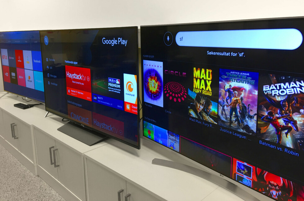 TRE BESTSELGERE: Samsung, Sony og LG er alle store aktører på TV-fronten. Vi har funnet vår favoritt i mellomklassen blant 55-tommerne. Foto: BJØRN EIRIK LOFTÅS