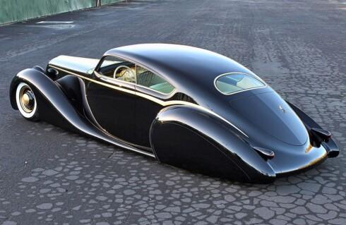 NY, MEN RETRO: Metallicas James Hetfield fikk nylig spesiallaget denne Aero Coupé-inspirerte bilen ved navn Black Pearl. Foto: www.good-guys.com