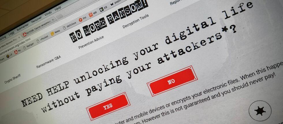 EGEN NETTSIDE: Nettsiden «No more ransom» lar deg laste opp krypterte filer for å sjekke om de kan reddes uten at du trenger å betale. Foto: PÅL JOAKIM OLSEN