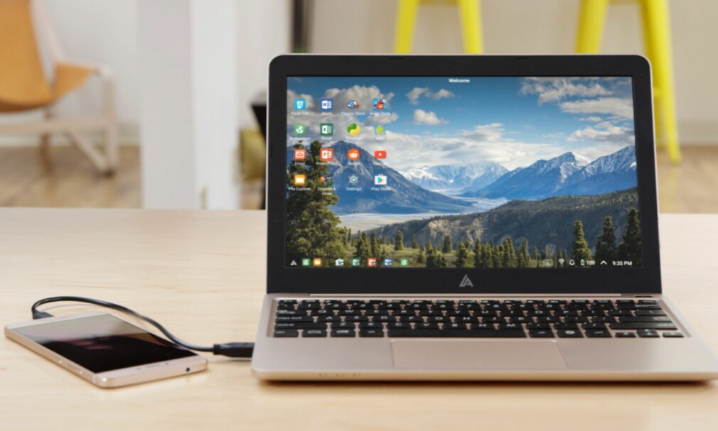"""99 DOLLAR: Denne laptopen er av det svært billige slaget, men så er den ikke en vanlig bærbar datamaskin heller. Faktisk er det mobilen som er selve maskinen, mens """"maskinen"""" bare er et skall. Foto: ANDROMIUM INC."""