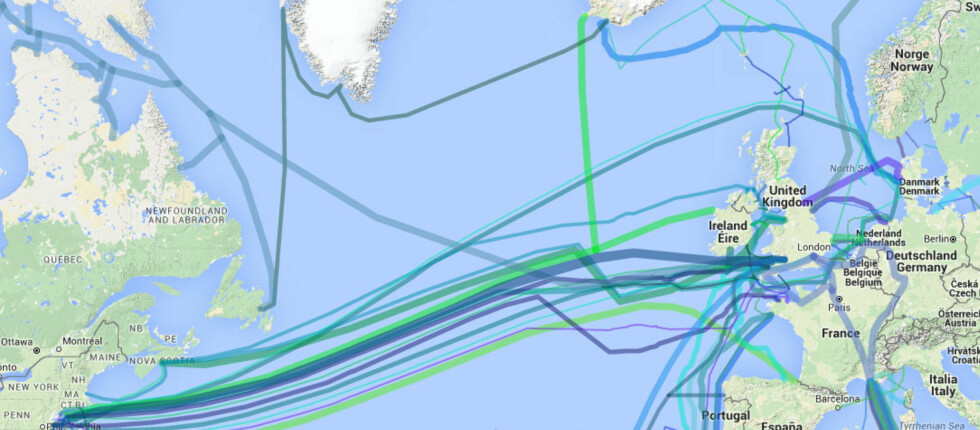 KABELSPAGHETTI PÅ HAVBUNNEN: Nesten all internettrafikk mellom øyer og kontinenter går via kabler. Enkelte av dem er flere tusen mil lange. Foto: Cablemap.info