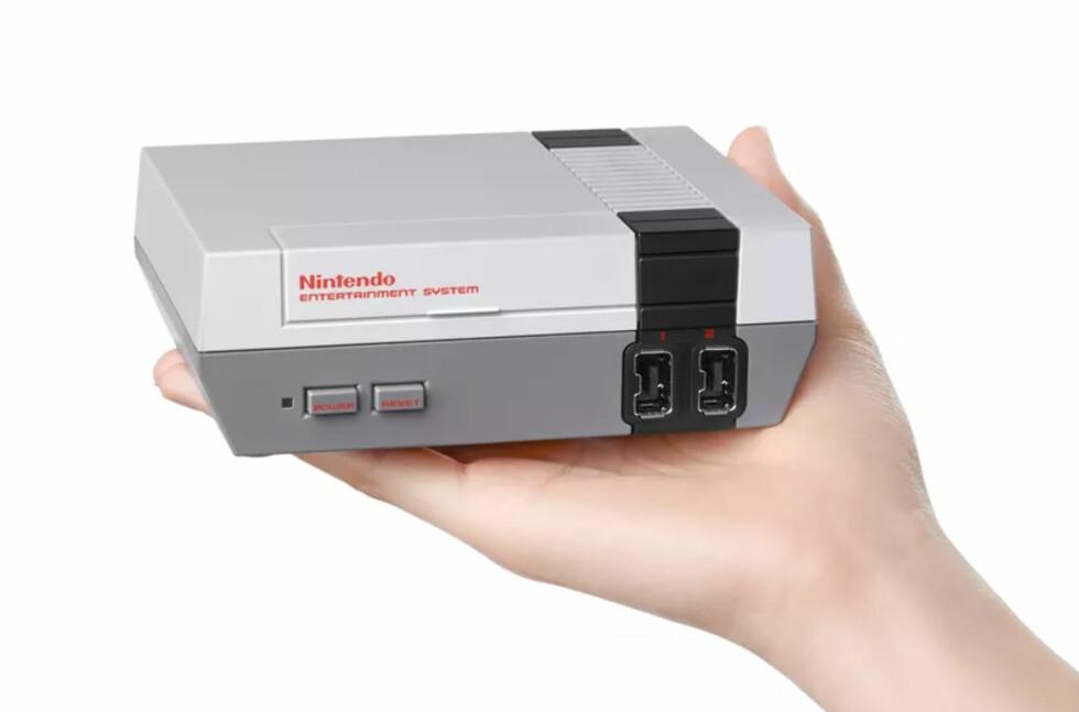MINI-NES: Nintendo Classic Mini skal komme i november. Med 30 spill inkludert.  Foto: NINTENDO