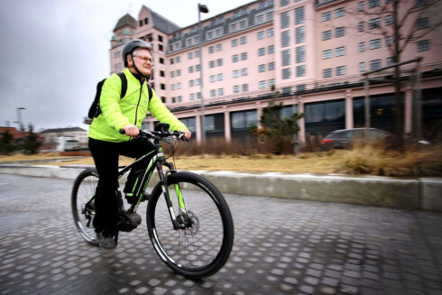 PRØV FØRST: Det er bare du som kan avgjøre om sykkelen passer for deg. Foto: OLE PETTER BAUGERØD STOKKE