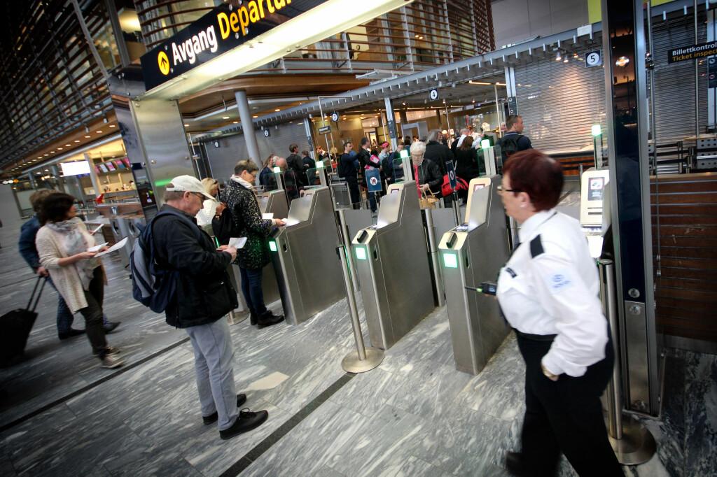 <b>UNNTAK:</b> Transfer- og transittpassasjerer skal ikke betale avgift på andre del av reisen. Foto: OLE PETTER BAUGERØD STOKKE