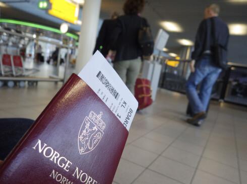 UT PÅ TUR? Husk at det kan ta ti virkedager å få passet i posten. Søk derfor om pass i god tid før avreise. Foto: SAMFOTO