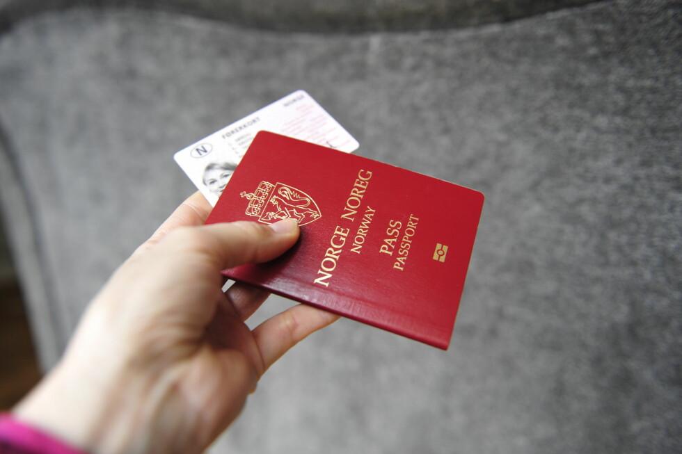 PASS PÅ: Roter du bort flere pass i løpet av en tiårsperiode, kan det føre til sanksjoner fra politiet. Foto: KRISTIN SØRDAL
