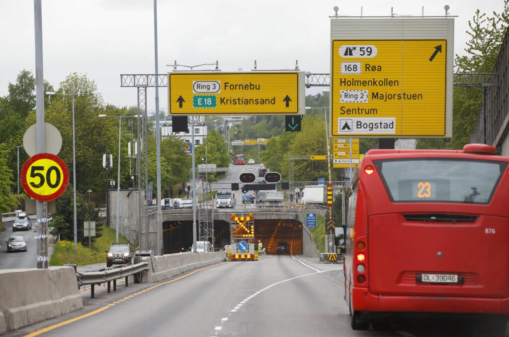 <b>GULE SKILT SOM HVITE:</b> Joda, du skal følge fartsgrensen som anvist, selv om skiltene er midlertidige.  Foto: NTB scanpix