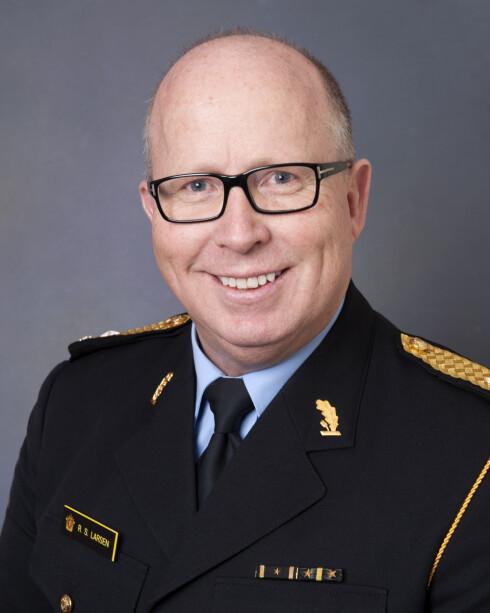 PÅ FARTEN: Assisterende UP-sjef Roar Skjelbred Larsen mener de fleste er flinke til å forholde seg til reglene. Foto: UP