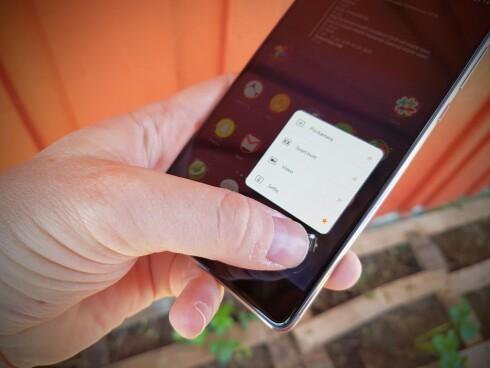 <strong><strong>TRYKK HARDT:</strong></strong> Huawei P9 Plus har press touch, der skjermen kan registrere hvor hardt du trykker. Foto: PÅL JOAKIM OLSEN