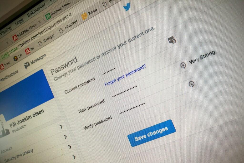 <strong>SMART Å BYTTE:</strong> 32 millioner brukerkonti på Twitter er nå kommet på avveie. Foto: PÅL JOAKIM OLSEN