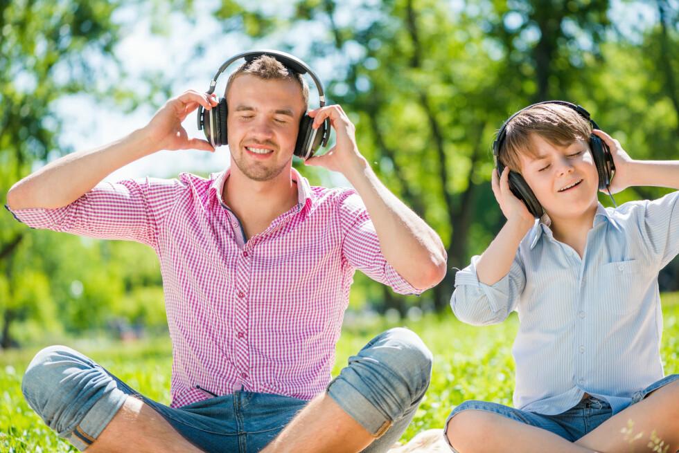 SPAR PENGER: Om du betaler for flere Spotify-abonnement, kan det være hundrelapper å spare hver måned på å velge familieabonnementet i stedet. Foto: Shutterstock / NTB Scanpix