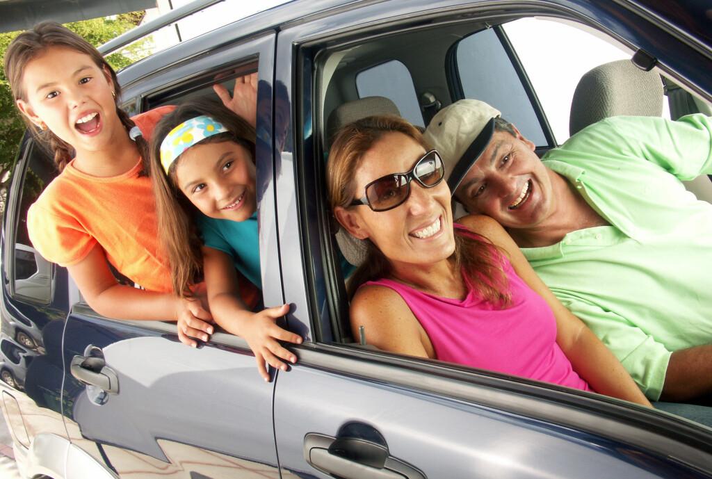 <b>VÆR FORBEREDT:</b> Om ikke lenge skal flere tusen nordmenn ut på bilferie. Forbered deg godt, så slipper du møte på ekstra mange kjedelige timer i bilen.  Foto: SHUTTERSTOCK