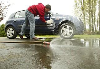 Vaske bilen hjemme?