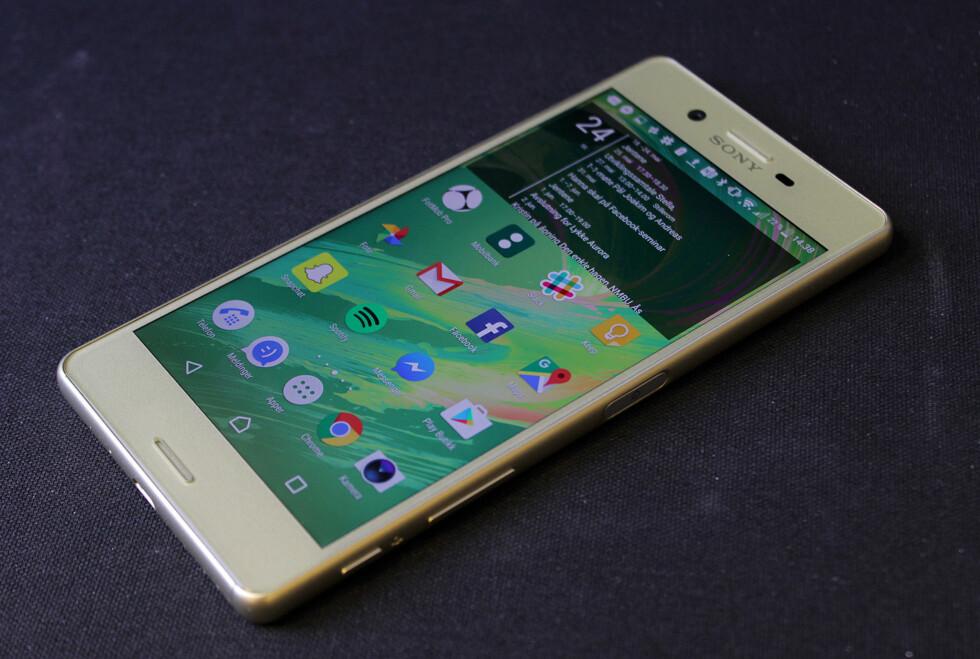 NÆRT GOOGLE-ANDROID: Sony er blant produsentene som gjør færrest endringer på Android slik det kommer fra Google. Foto: PÅL JOAKIM OLSEN