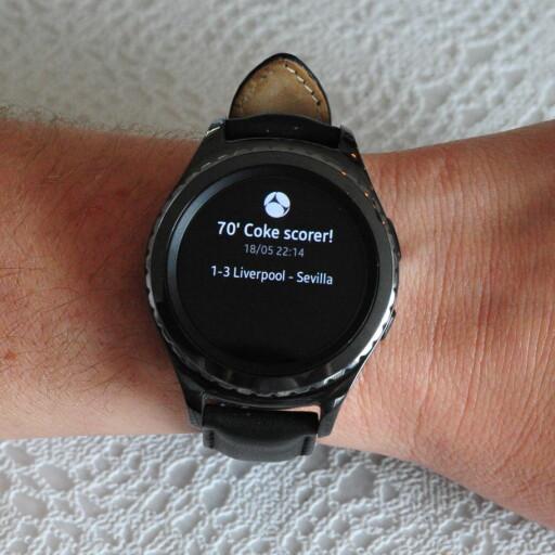 VARSLER: Som på Android-klokker kan du også få varslene fra telefonen på håndleddet. Også de vonde. Foto: PÅL JOAKIM OLSEN