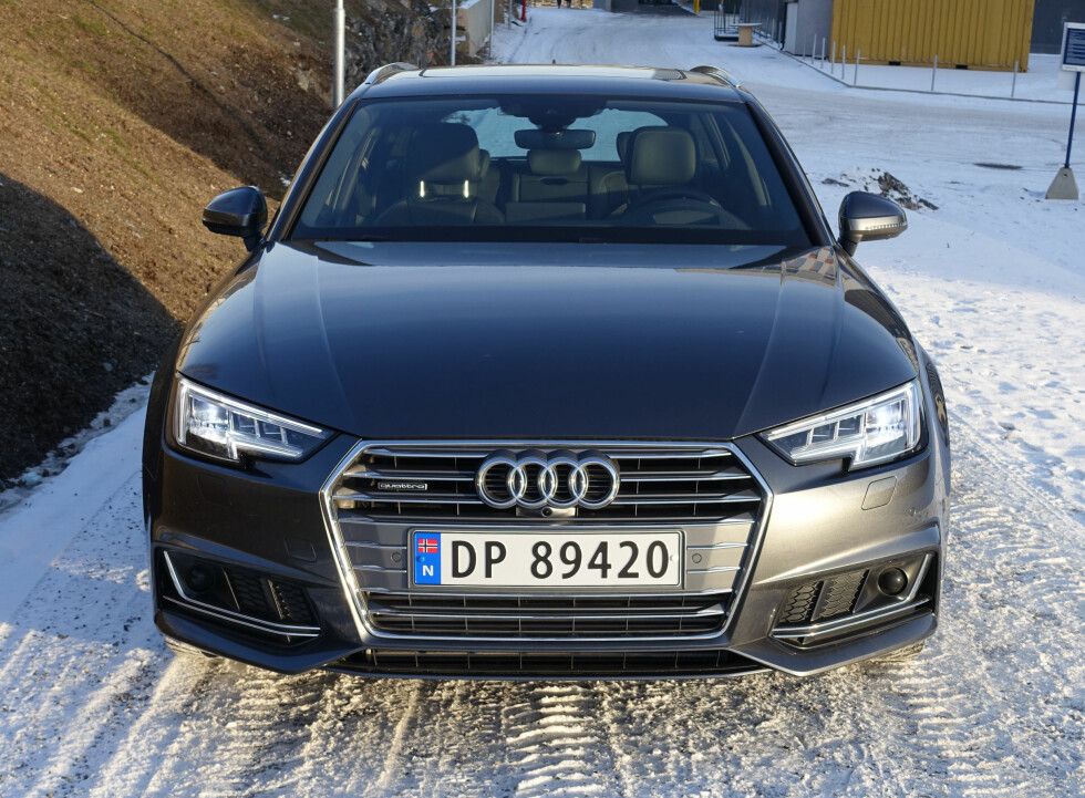 KONSERVATIVT, MEN MODERNE: Helt typisk Audi og tidsriktig oppdatert - men overhodet ikke nyskapende. Foto: KNUT MOBERG