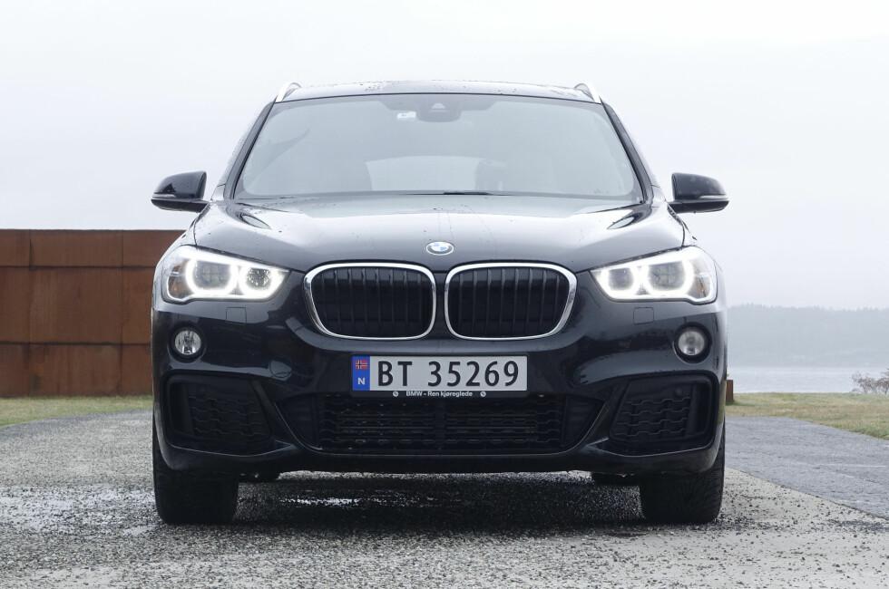 SVÆR: BMW har greid å blåse opp X1 slik at den kan forveksles med storebror X3.  Foto: RUNE M. NESHEIM