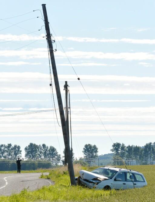 """I FARTA: """"En lyktestolpe for i mot bilen og skadet seg på to steder."""" Foto: NTB SCANPIX"""