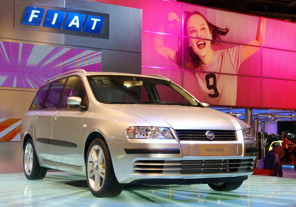 Fiat Stilo 10-11 år gammel (2006): 44 prosent feil på bilene som har vært på kontroll gjør ikke denne bilen til en kjøpermagnet. Du finner mengder med alternativer som både scorer høyere på sikkerhet og varighet når det gjelder fremtiden.  Foto: AP