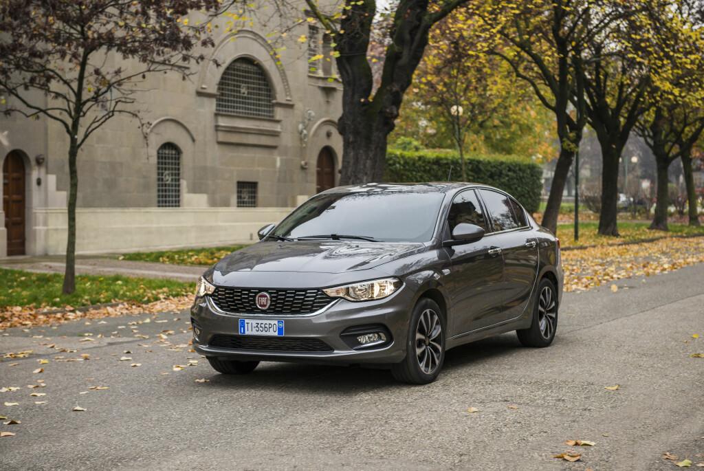 SEDANEN FØRST: Nye Tipo er faktisk ikke så ny - som sedan (bildet), ble den lansert allerede i mai i fjor. Foto: FIAT