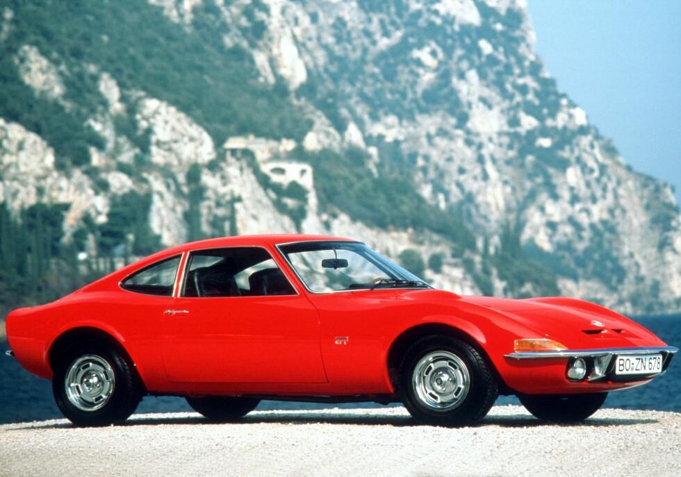 PRODUKSJONSVERSJONEN: Slik så Opel GT ut da den kom på markedet i 1968.