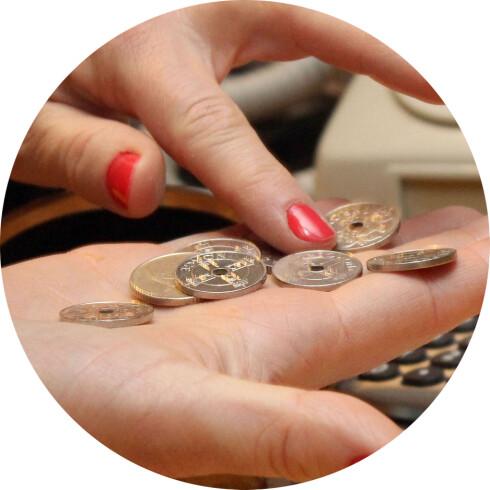 PENGER FOR INGENTING: Skal du betale, må du ha kjøpt noe. Et viktig, om noe innlysende, poeng.  Foto: OLE PETTER BAUGERØD STOKKE