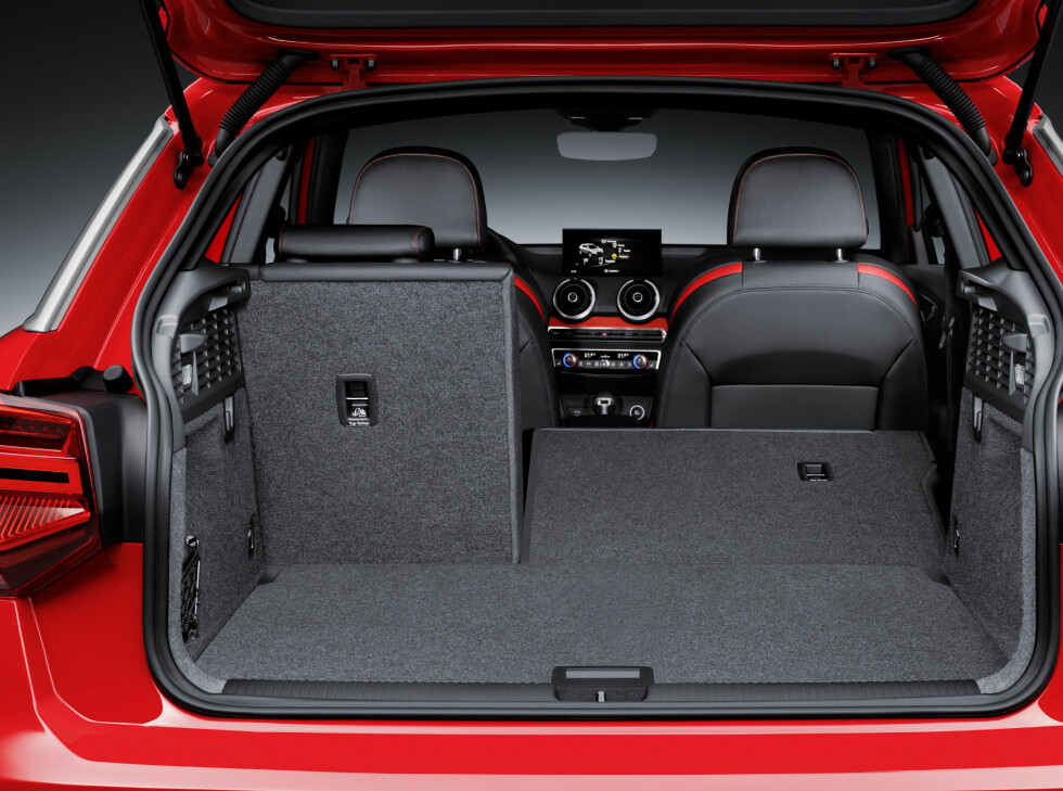 Luggage compartment, Colour: Tango Red Foto: Audi