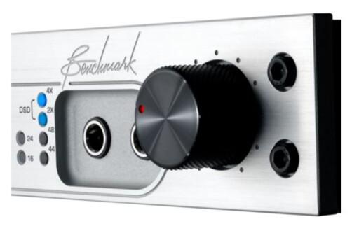 KONTROLL: Mange DAC-er har volumkontroll, slik at du bare trenger en effektforsterker. Foto: BENCHMARK