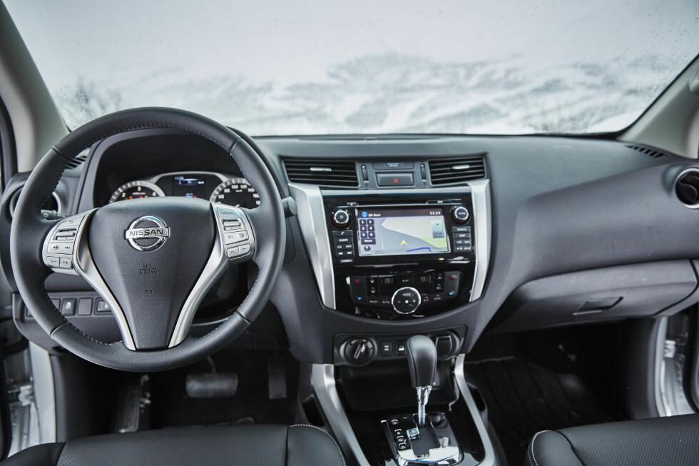 PERSONBIL-PREG: Innvendig ser pickup'ene mer og mer ut som personbiler.  Foto: NISSAN