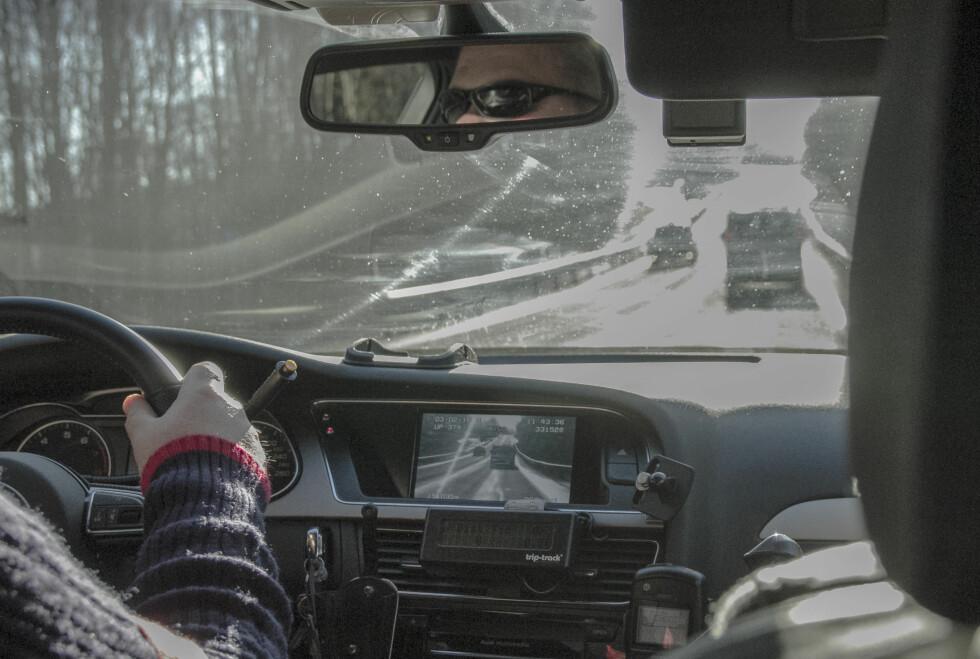 SLIK MÅLER UP HØY FART: UP-bilene kan også ta farten på møtende trafikk, så vel som trafikk de følger.  Foto: MAGNUS ARNKVÆRN