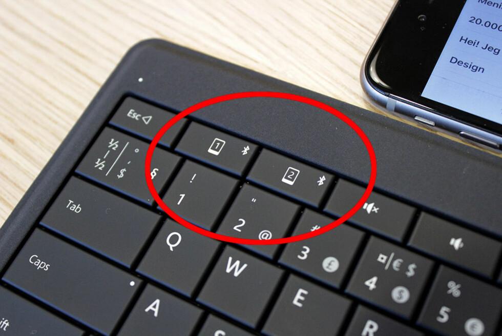 BYTT MELLOM ENHETER: Det er ingen sak å bruke tastaturet med både mobil og nettbrett.  Foto: BJØRN EIRIK LOFTÅS