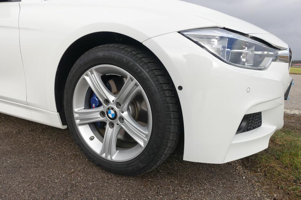 AERODYNAMISK: Nedre del av fronten er utformet for å minimere luftmotstanden. Bilen kan skilte med en luftmotstandskoeffisient (Cd) på 0,26. Foto: KNUT MOBERG