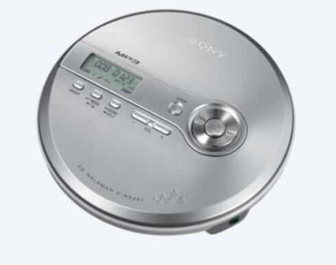 TOPPMODELL: D-NE241 koster 1000 kroner, og er fortsatt i Sonys norgeskatalog. Foto: SONY