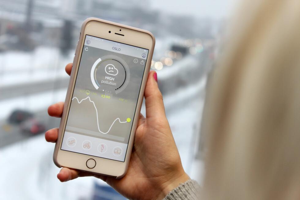 LUFTVARSEL: Med Appen Plume kan du sjekke luftkvaliteten i mer enn 150 byer verden rundt. Foto: OLE PETTER BAUGERØD STOKKE