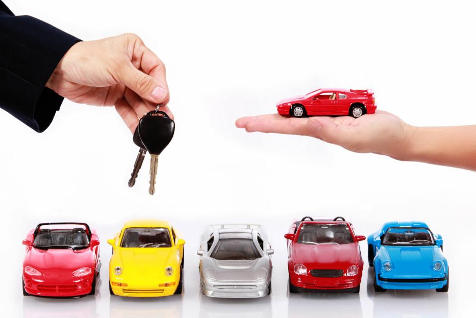 BLIR DYRERE: Jevnt over er mange bilmerker blitt dyrere i år.  Foto: COLOURBOX