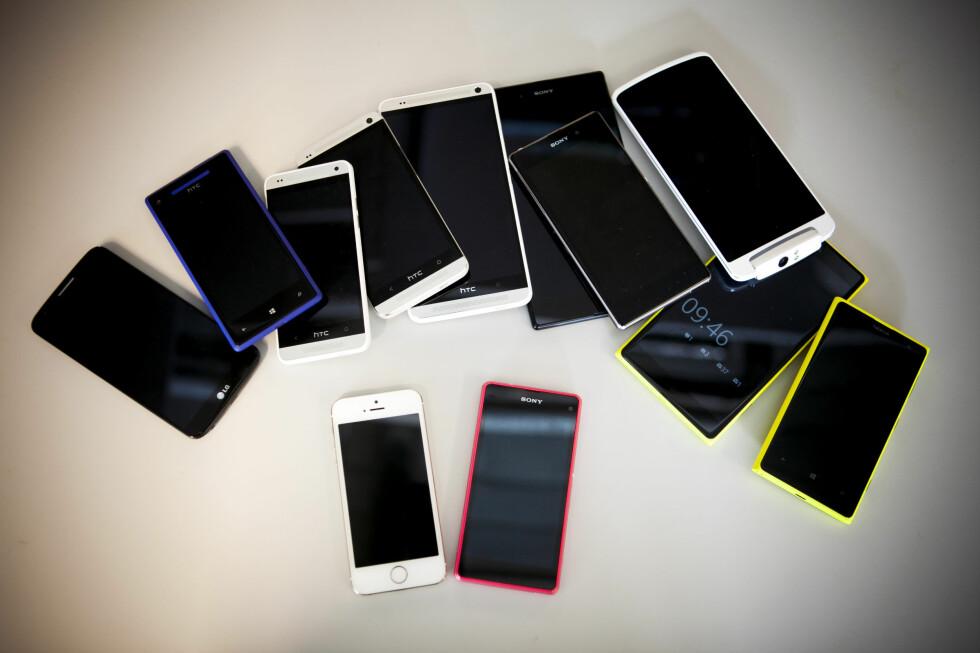 HVA BØR DU VELGE? Alt handler ikke om prosessor, batterikapasitet og skjermoppløsning hvis du skal kjøpe ny mobiltelefon. Foto: PER ERVLAND