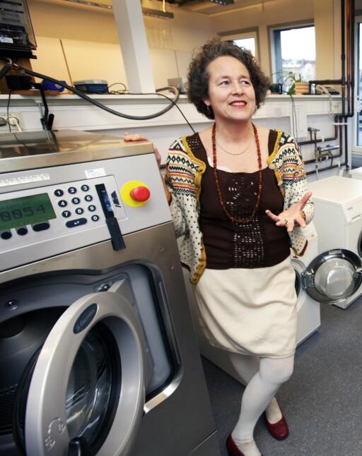 Ingun Grimstad Klepp ved Sifo forteller at det å bruke kulde til rengjøring er an gammel metode fra da man hadde andre udyr i senga, enn kun midd . og da man hadde sengetøy som ikke ble vasket så ofte. Foto:  NILS BJÅLAND / VG  / NTB SCANPIX