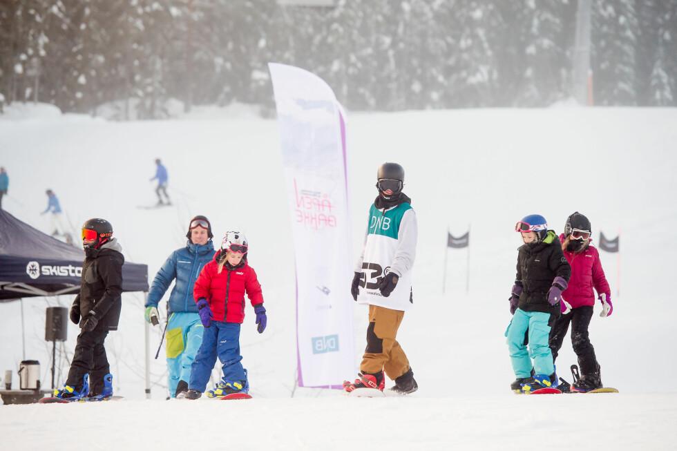GRATIS HEISKORT: 7. januar legges det ut 100.000 gratis dagskort i skibakken, for bruk 17. januar. Det lønner seg å være tidlig ute for gratiskort til de mest populære stedene: I fjor ble 50.000 gratiskort revet vekk i løpet av den første timen. Foto: ALPINANLEGGENES LANDSFORENING