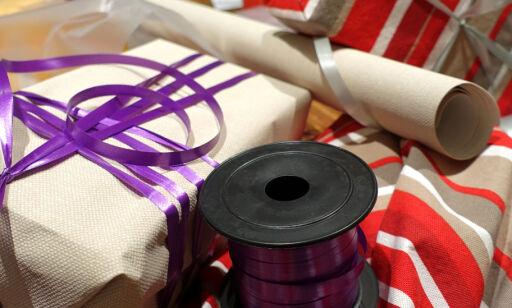 image: Du trenger heller ikke julepapir til pakkene
