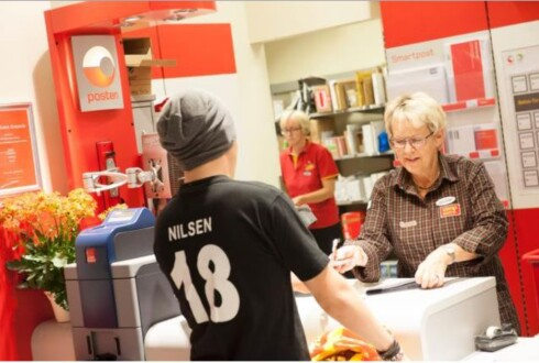 GAMLEMÅTEN: Dersom du er DNB-kunde, kan du ta ut penger i butikken uten kort. Foto: POSTEN