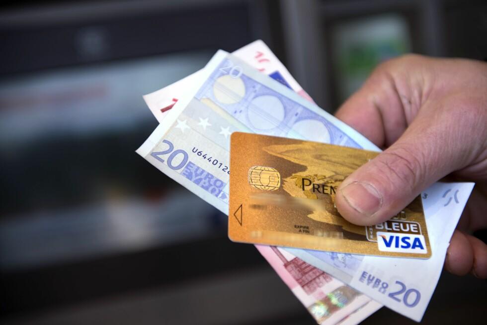 VEKK: Både penger og det eneste kredittkortet du har forsvinner. Hva gjør du da? Foto: AFP/NTB SCANPIX