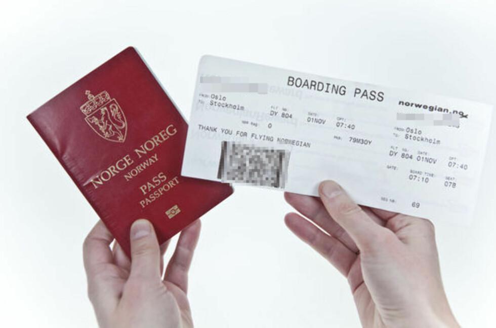 REISESKRYT: Selv om du er stolt av ditt eksotiske, spennende reismål, bør du ikke legge ut bilder av ombordstigningskortet ditt. Foto: DINSIDE