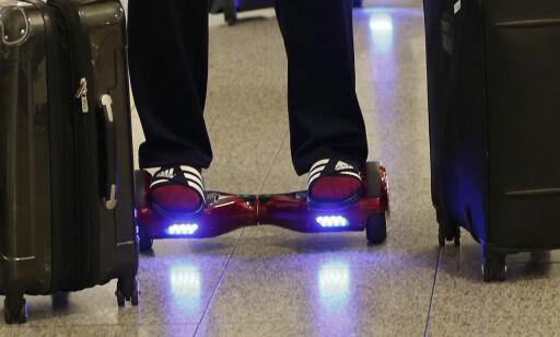 image: Forbud mot ståbrett og enhjuling på fly