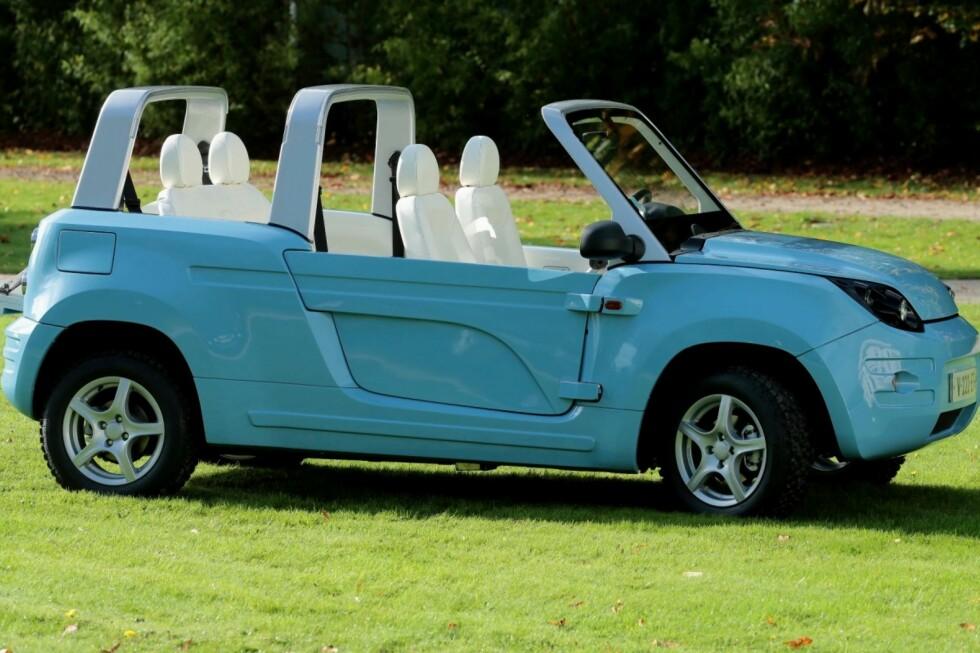 BLÅ SOMMER: Her er Bolloré-utgaven, Bluesummer. Vi synes Citroën-designen gjør bilen adskillig mer attraktiv. Foto: BOLLORE